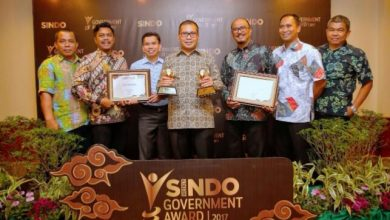 Photo of Danny Pomanto Boyong Dua Penghargaan Sindo Weekly Government Award 2017