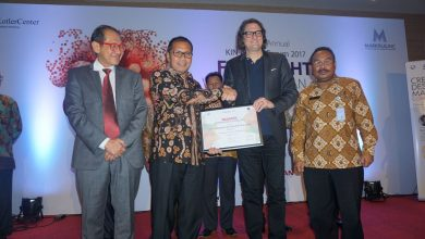 Photo of Lagi, Danny Raih Wali kota Enterpreneur Award KIN ASEAN FORUM 2017