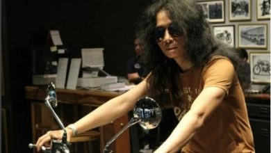 Photo of Musisi Rock Legendaris Bantah Disebut Pencipta Lagu #2019GantiPresiden