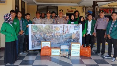 Photo of Kapolsek Tallo Helat Giat Bakti di Dua Kelurahan